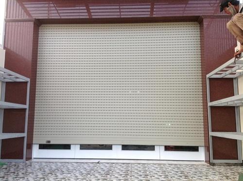 austdoor cửa nhựa