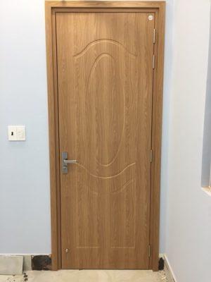 cửa nhựa