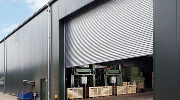 Cửa cuốn công nghiệp sở hữu nhiều tính năng đảm bảo an toàn và thẩm mỹ
