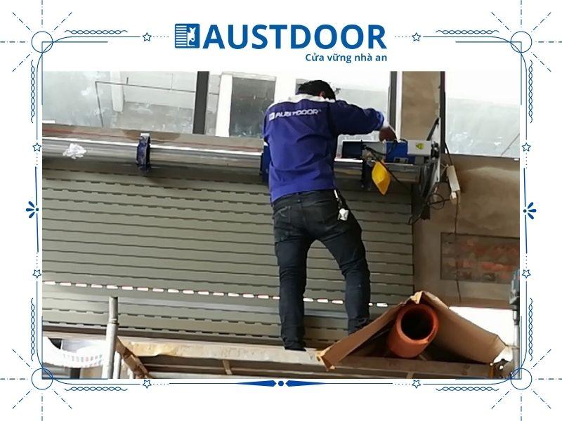 Nhân viên kỹ thuật Austdoor lành nghề, kỹ năng chuyên môn cao
